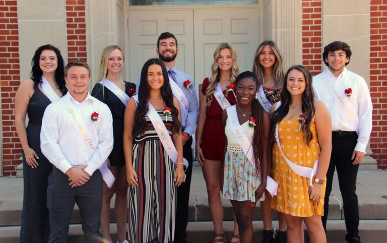 2021 Homecoming court w