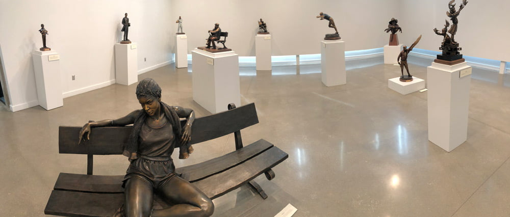 Gallery with bronzes by George Lundeen.